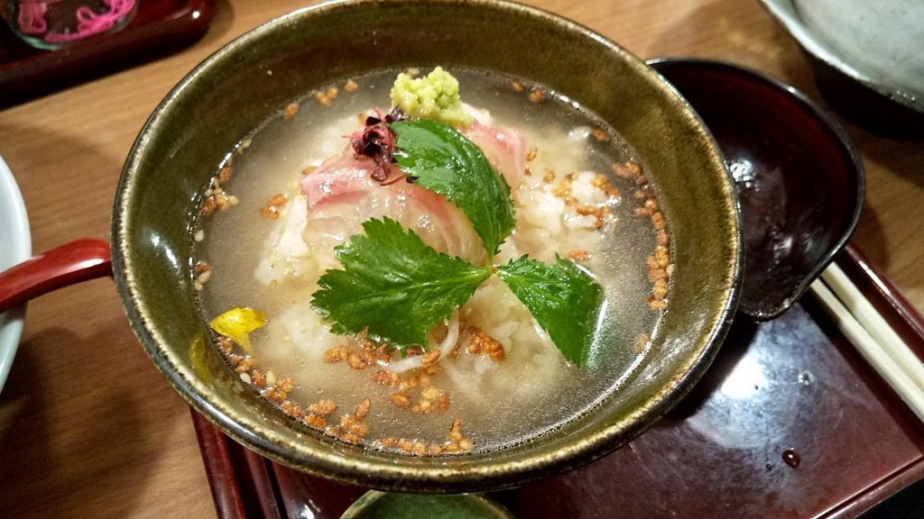 鯛塩そば灯花の宇和島つけ麺セットのお茶漬けアップ