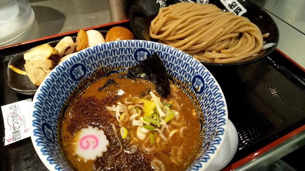 松戸富田麺キッテグランシェ店の全部のせつけ麺