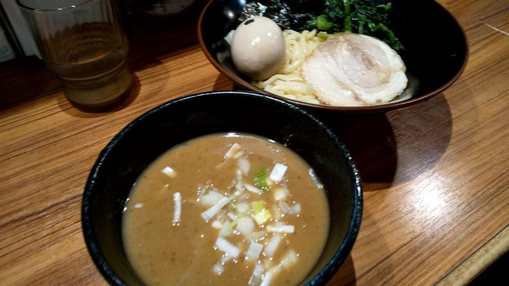 壱角家御徒町店の魚介つけ麺