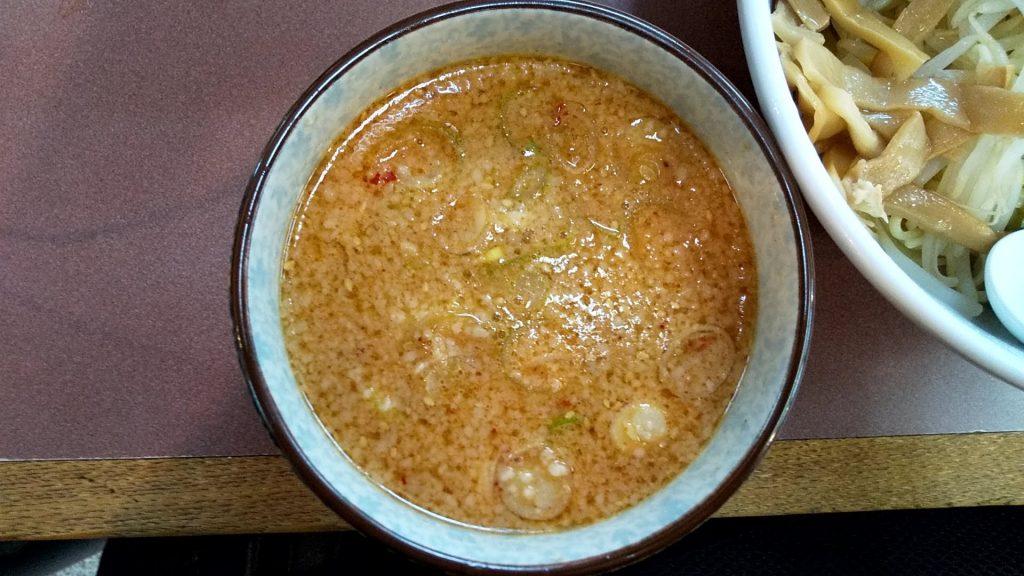 ハッスルラーメン錦糸町店のハッスル特製つけ麺のつけ汁