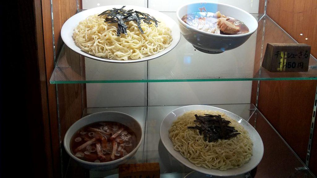 満来店頭の食品サンプル