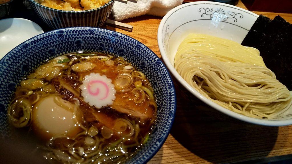 神田勝本の特製清湯つけそば