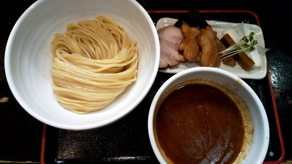 緑道のチャーシューつけ麺