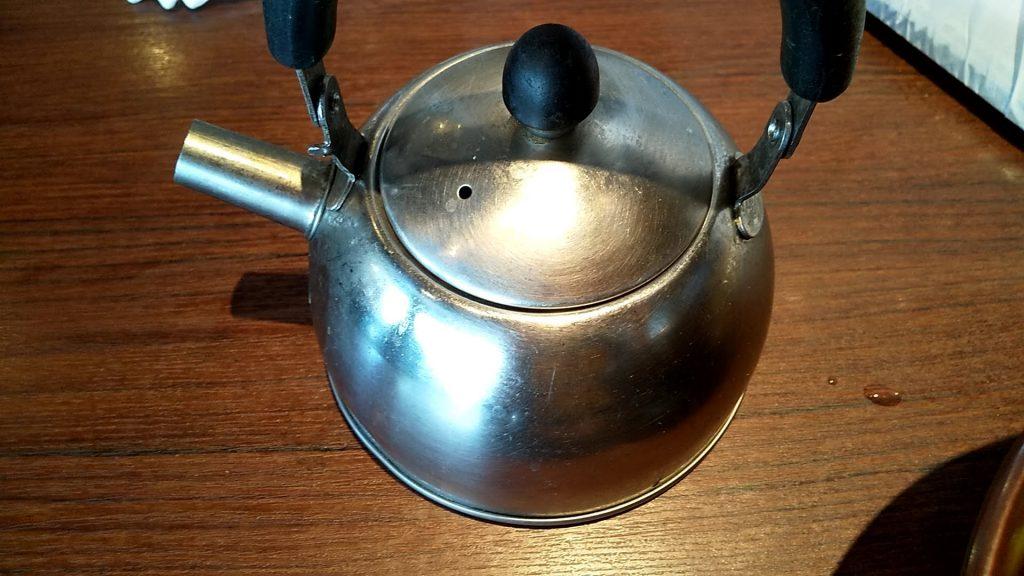 桂林のつけ麺のやかん