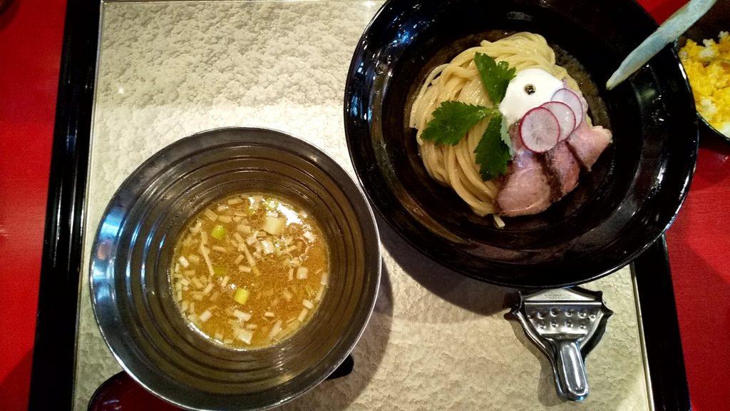 魄瑛の特製つけ麺