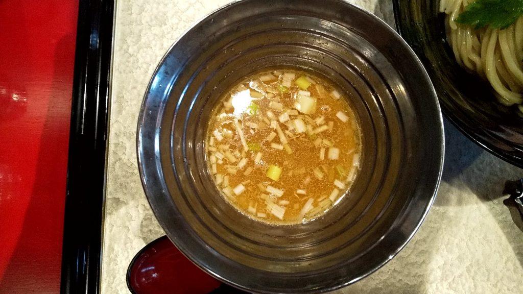 魄瑛の特製つけ麺のつけ汁