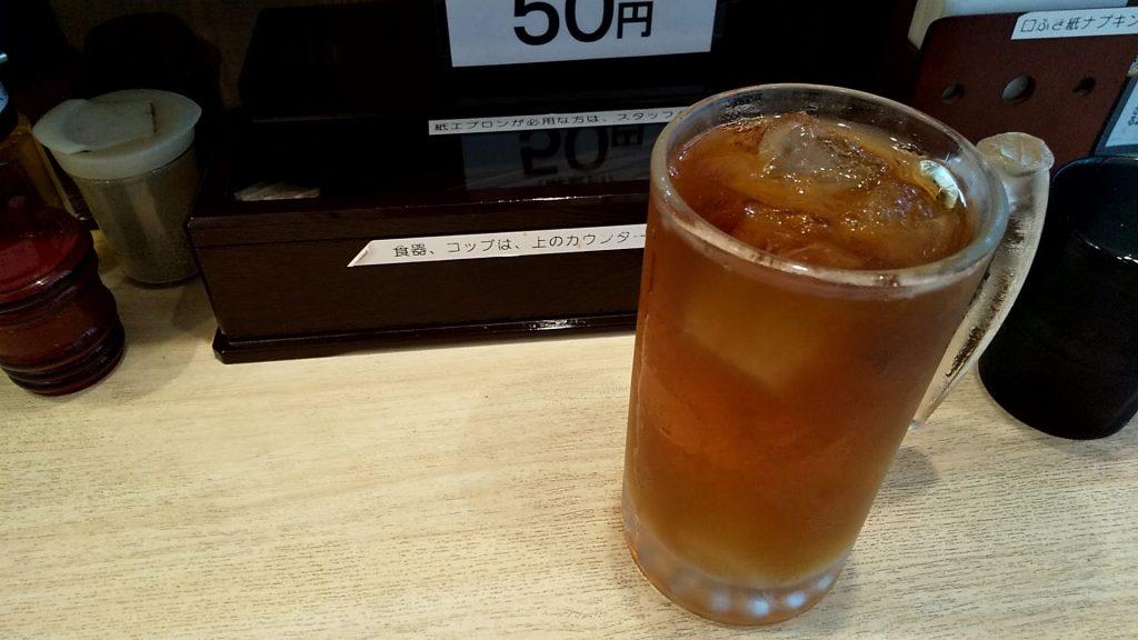 つけ麺坊主間宮の烏龍茶
