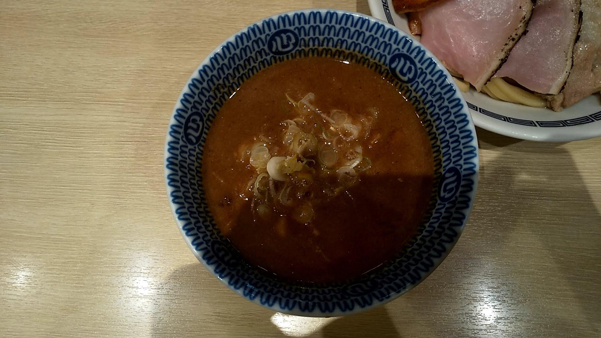 心の味製麺の特製濃厚豚骨魚介つけ麺のつけ汁