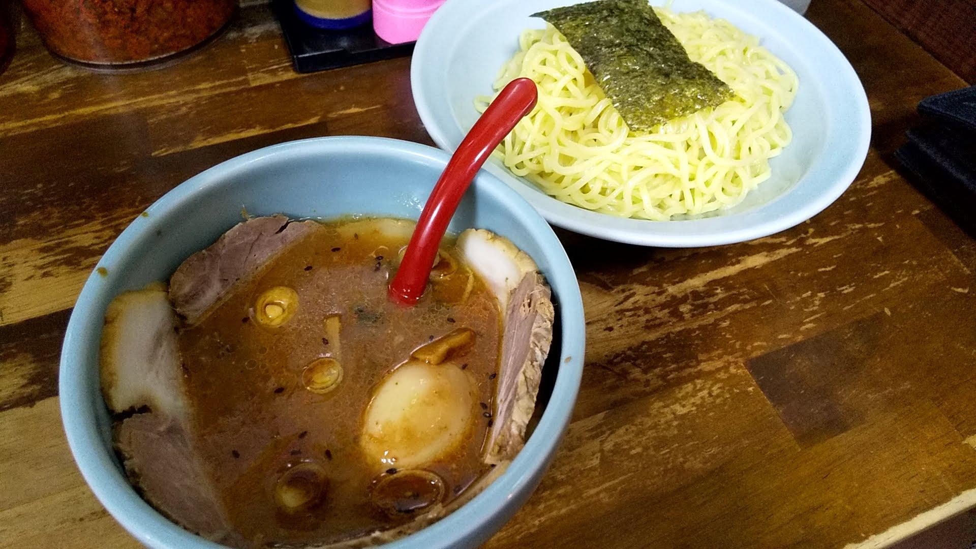 長浜や上野店の特製つけ麺
