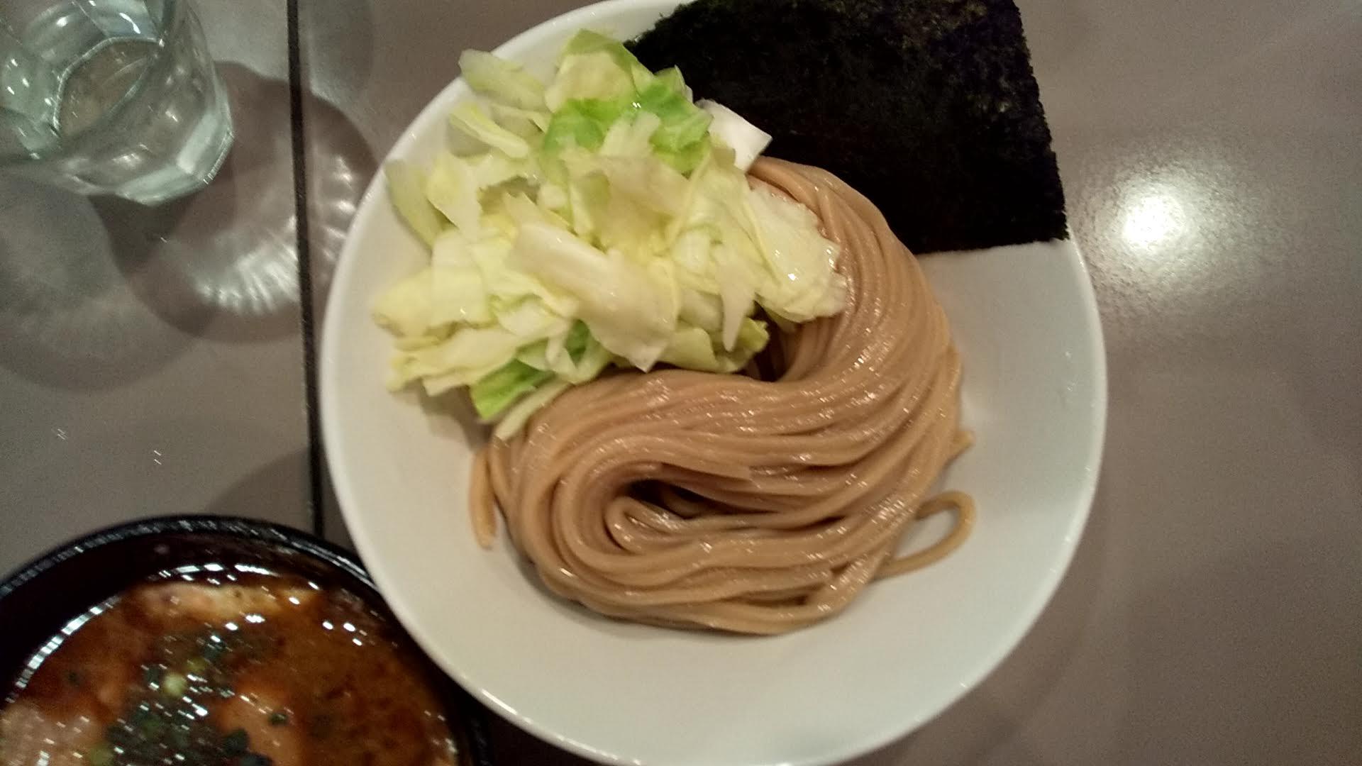 五ノ神製作所の海老つけ麺の麺皿