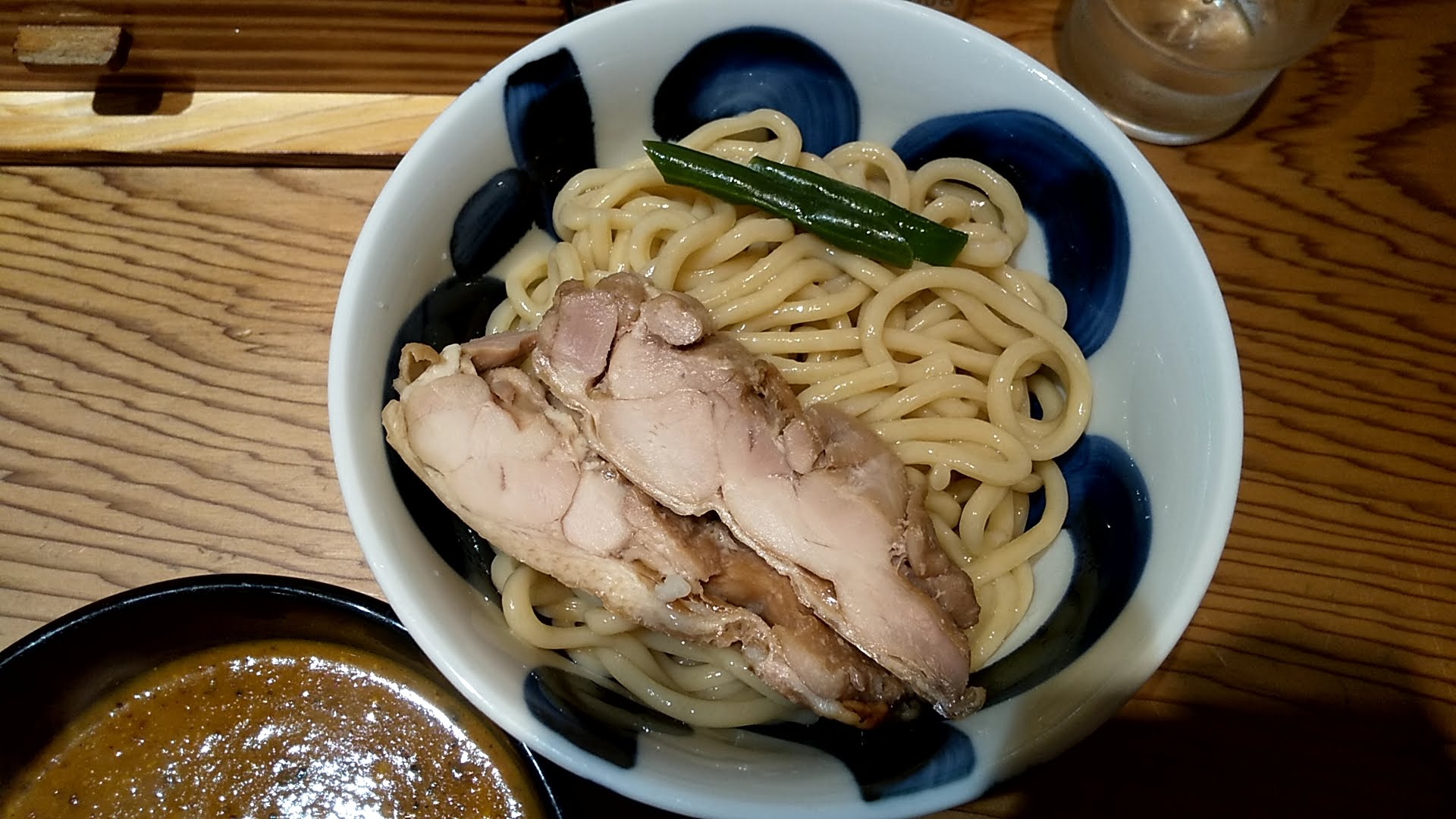 たいざん桜のつけ麺の麺皿