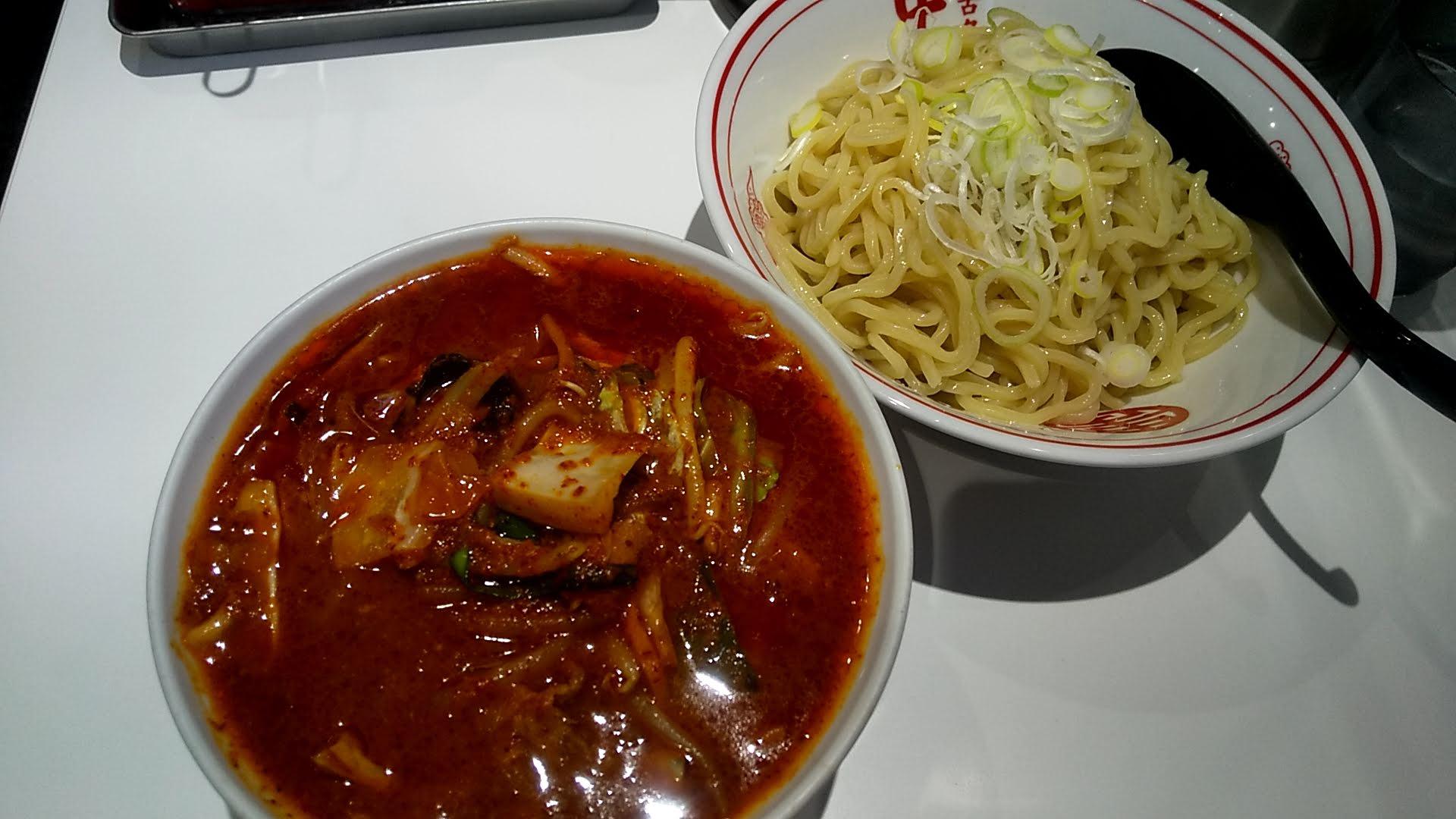 蒙古タンメン中本錦糸町店の冷やし味噌野菜ラーメン