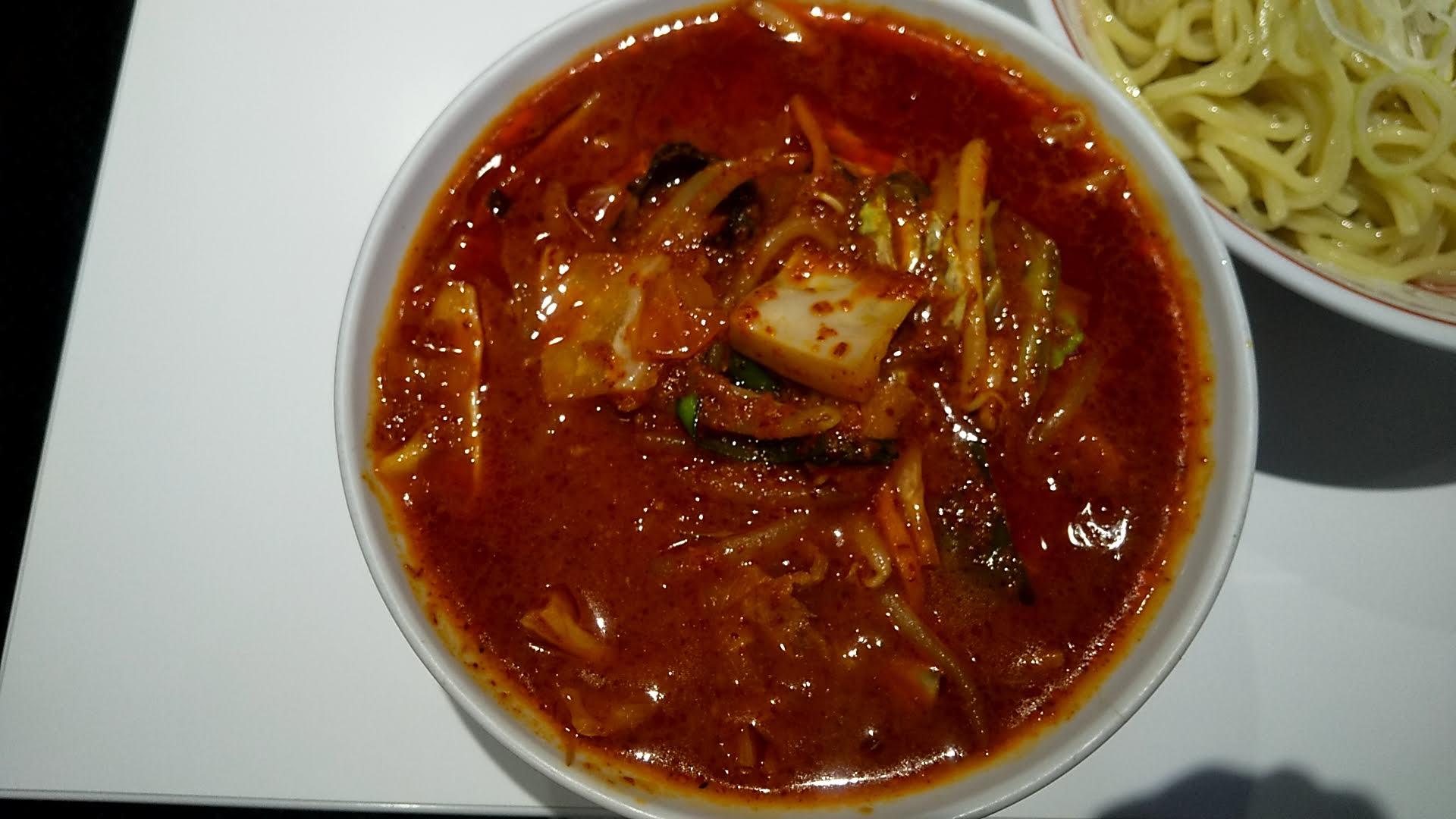 蒙古タンメン中本錦糸町店の冷やし味噌野菜ラーメンのつけ汁