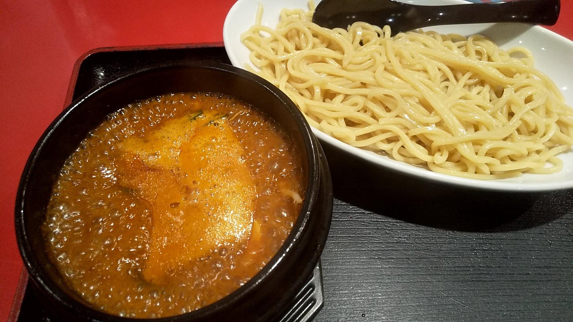 浅草製麺所の石焼チゲつけ麺