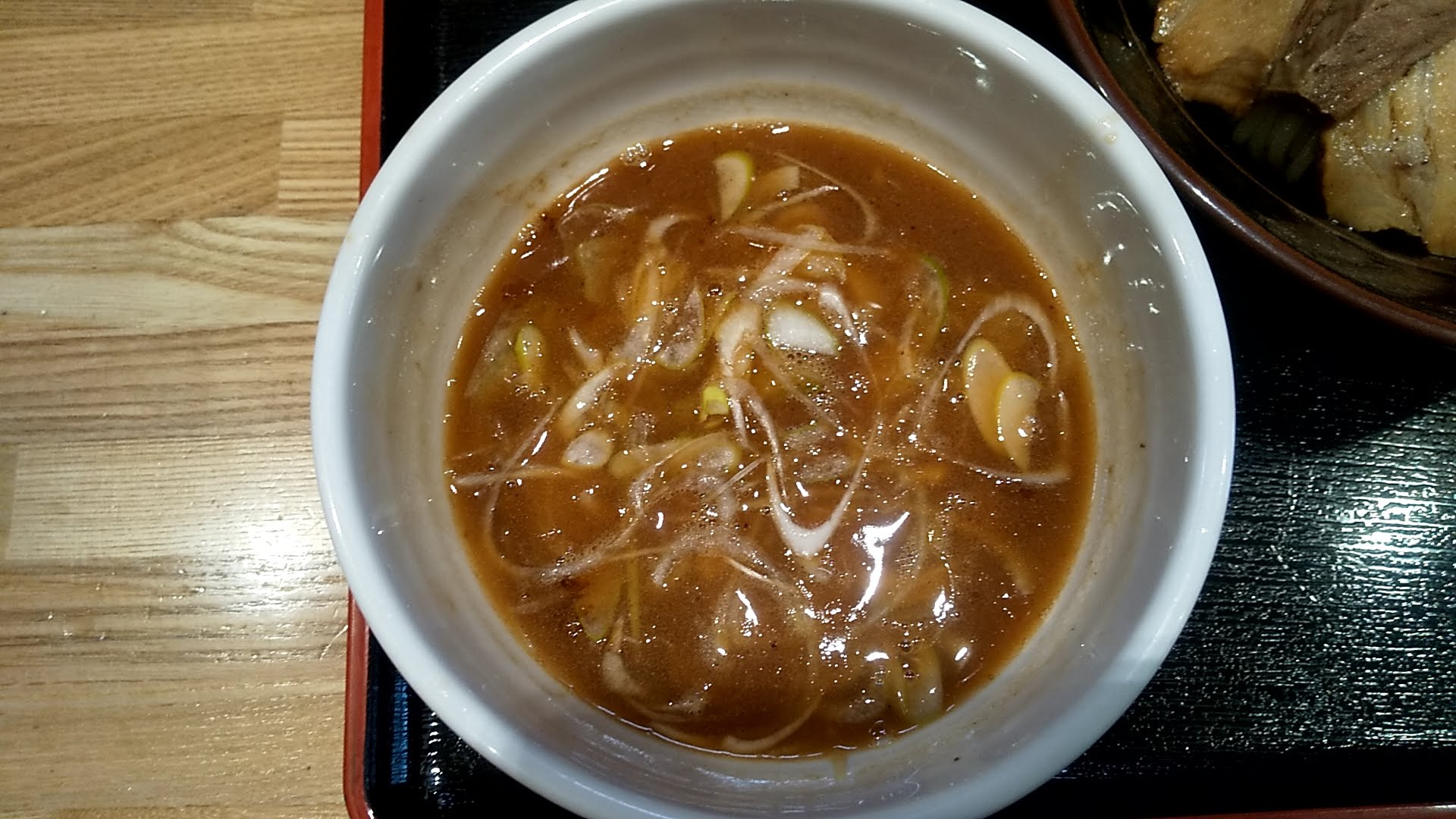 麺屋睡蓮の特製つけ麺のつけ汁