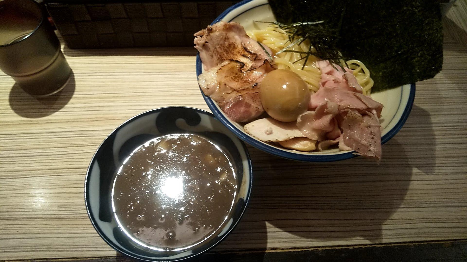 麺屋宮本の特製のせつけ麺