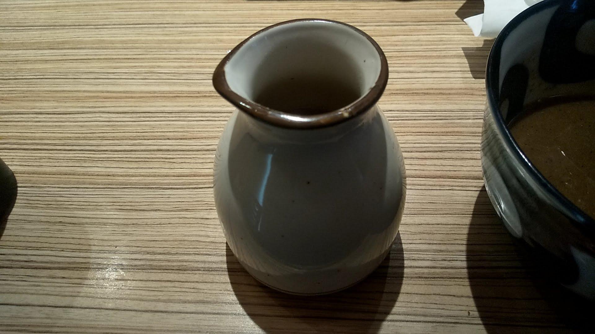麺屋宮本の特製のせつけ麺の割りスープ
