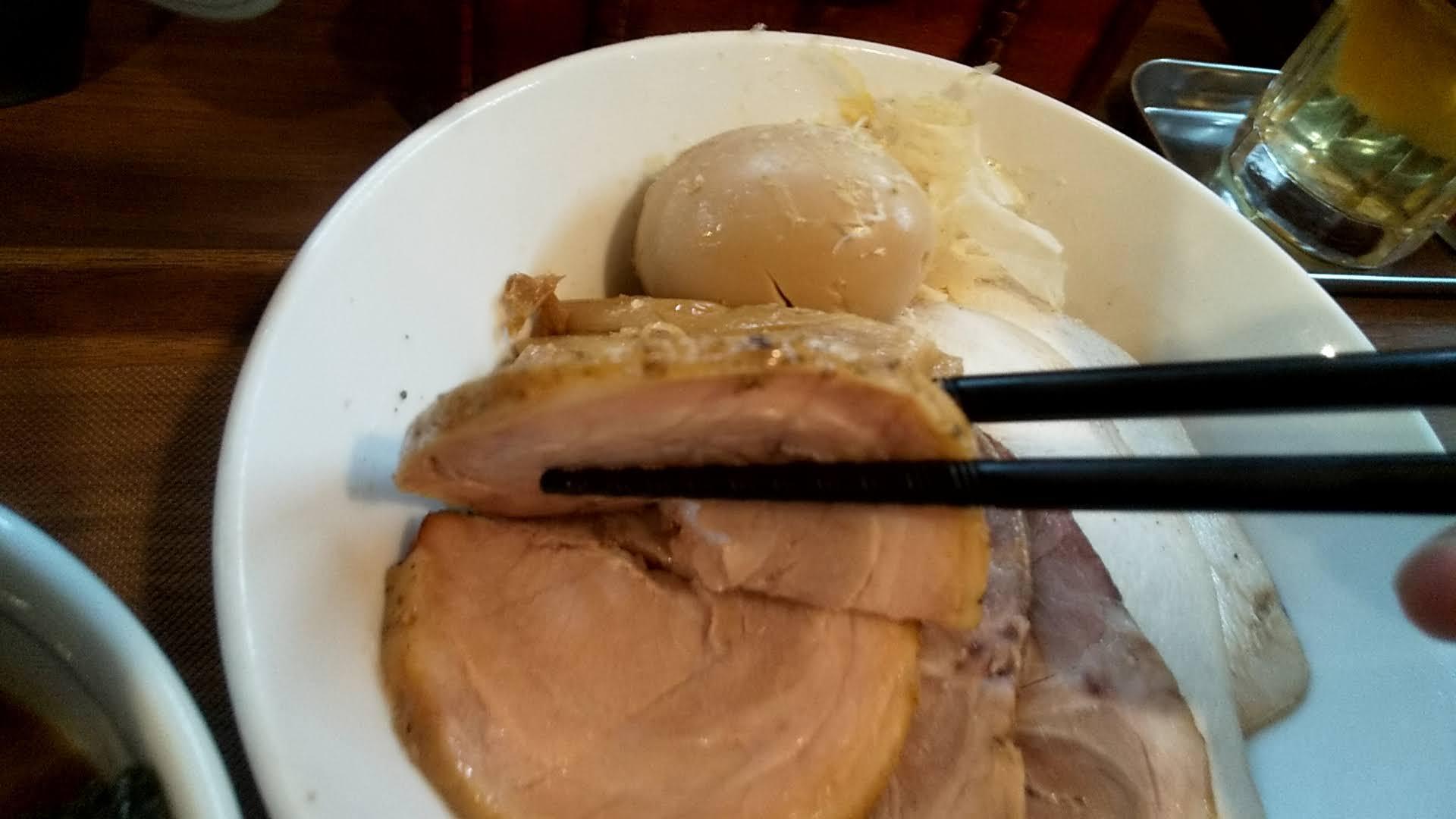 さなだの3種のチャーシューつけ麺のチャーシューアップ